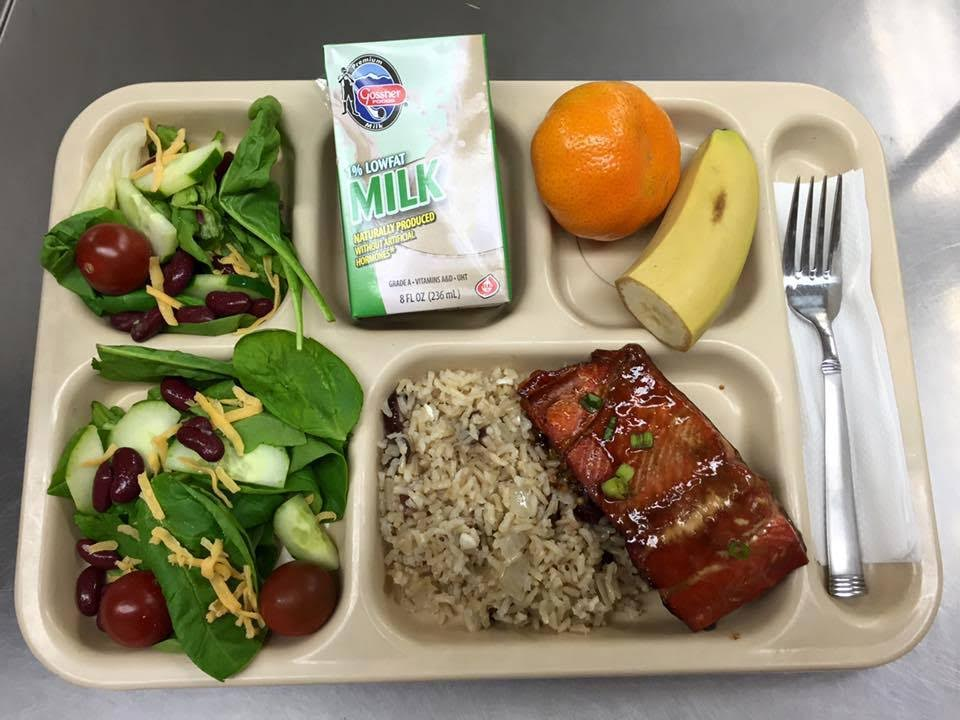 Sea to School program puts local seafood on students' trays