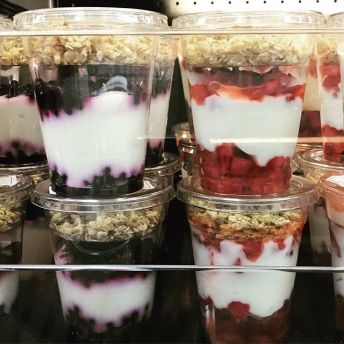 Bexley City Schools (OH) offer grab and go oatmeal, yogurt and fruit parfaits as part of their breakfast program.