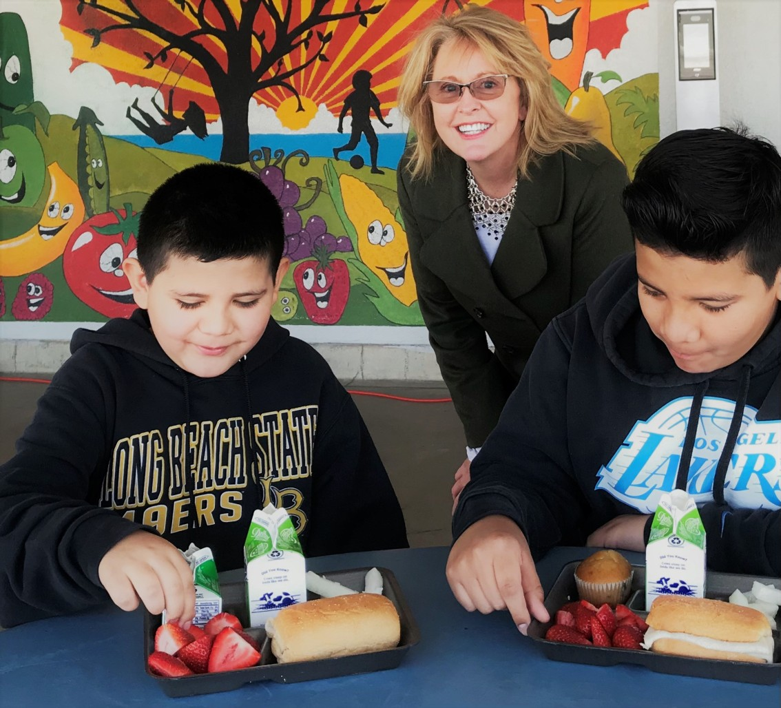 National Award Winners Celebrated for School Lunch Hero Day